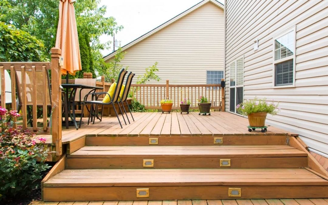 Pros and Cons of Types of Decking Material